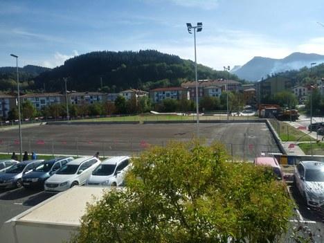 El Ayuntamiento sancionará a la adjudicataria del campo de fútbol 7 por retrasos en la obra