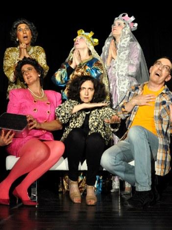 """Asociación del teatro Atakados: """"Hoy, milagro!"""